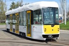 Nová tramvaj EVO na lince mezi Mostem a Litvínovem.