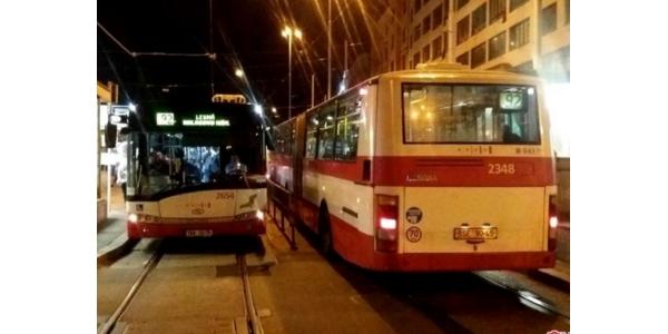 Brněnské noční rozjezdy MHD slaví 20 let