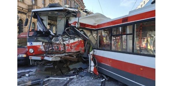 V pražských tramvajích se testují antikolizní systémy
