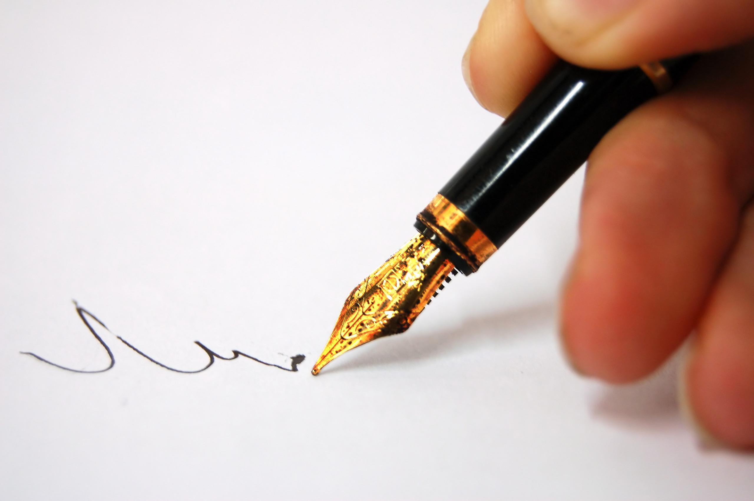 obrázek pera při psaní motivačního dopisu
