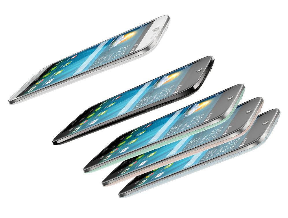 fotografie smartphone Acer Liquid Jade boční pohled